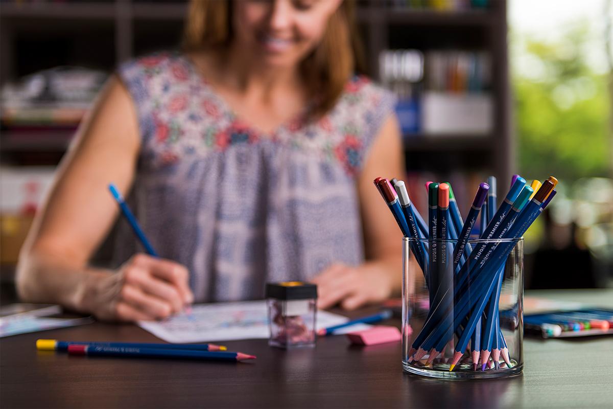 Blackwater-Pluqis-Color-Pencils-Artist-Personality-Alternative